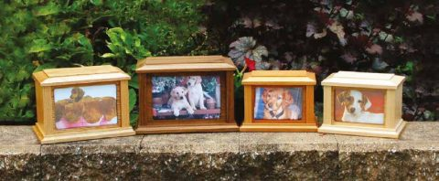 Country Woods Picture Urns